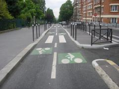Construction of bicycle paths and bicycle paths