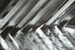 Обробка поверхні металу гарячим цинком