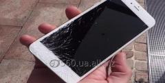 Ремонт: Замена разбитого стекла (экрана) iPhone 6s за 45 мин.