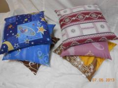 Декоративные ортопедические подушки из лузги можно использовать для отдыха дома, , в общественных заведениях,на работе, на даче, в автомобиле и даже стадионе