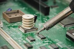 Пайка электронных узлов
