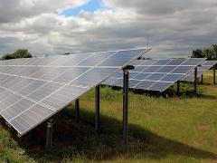 Строительство солнечных электростанций. Монтаж фотомодулей.
