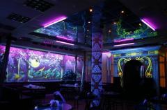 Роспись стен, потолков, фасадов, авто светящимися красками