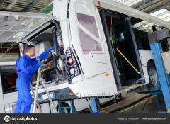 Механік-Cлюсар на фірму з виробництво автобусів
