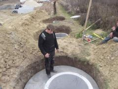 Монтаж системы канализации на участке