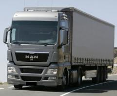 Уроки водіння вантажівки категрії СЕ (фури)