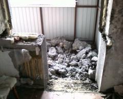 Демонтаж кирпича, бетона, перегородок, сантехкабин.