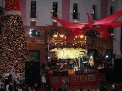 Новорічне оформлення ресторанів, готелів, кафе