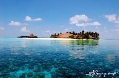 Agency of last-minute travel offers (full range of