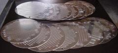 Hydroabrasive cutting of thin-sheet metal