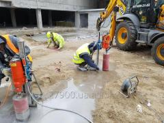 Diamond drilling of reinforced concrete under