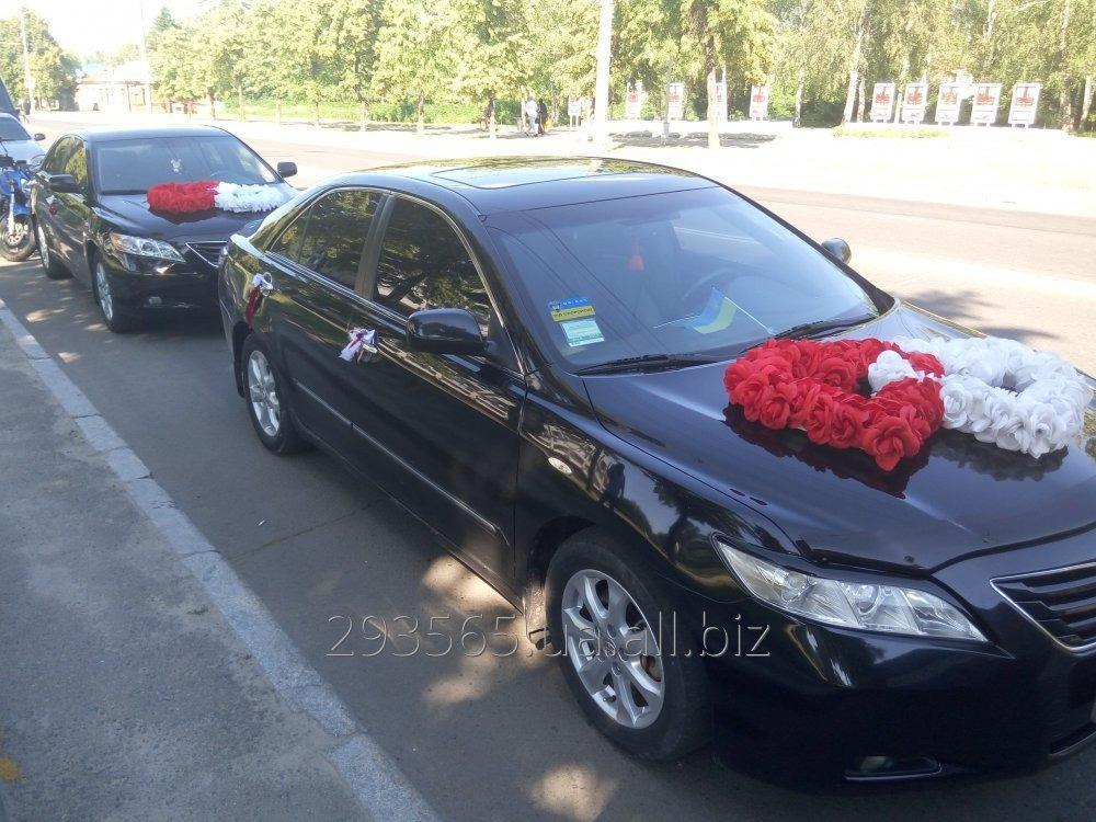 svadebnyj_kortezh_prokat_avto_na_svadbu_toyota