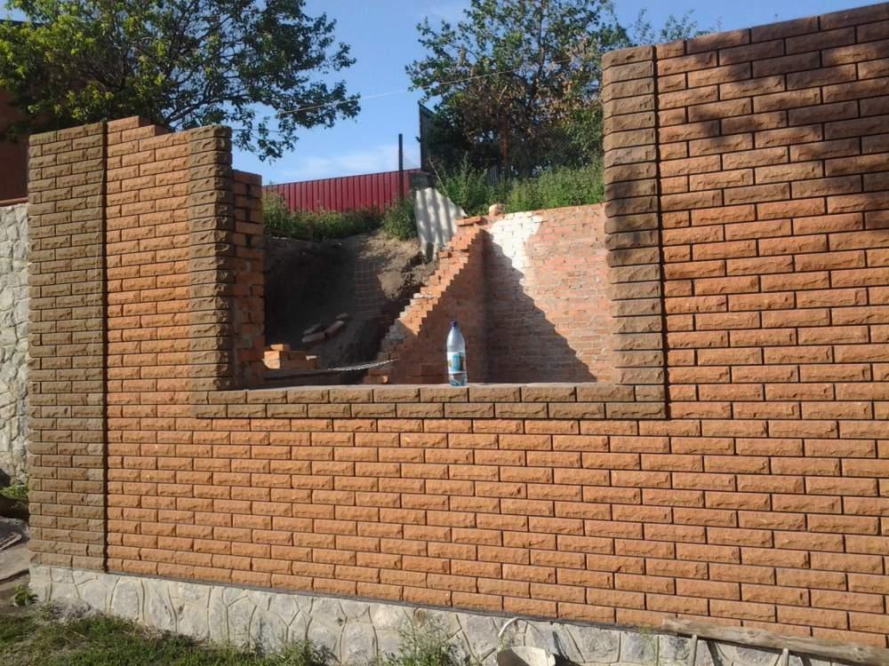 stroitelstvo_domovgarazhejkaminovzaborov_s_kamnya_i_kirpicha