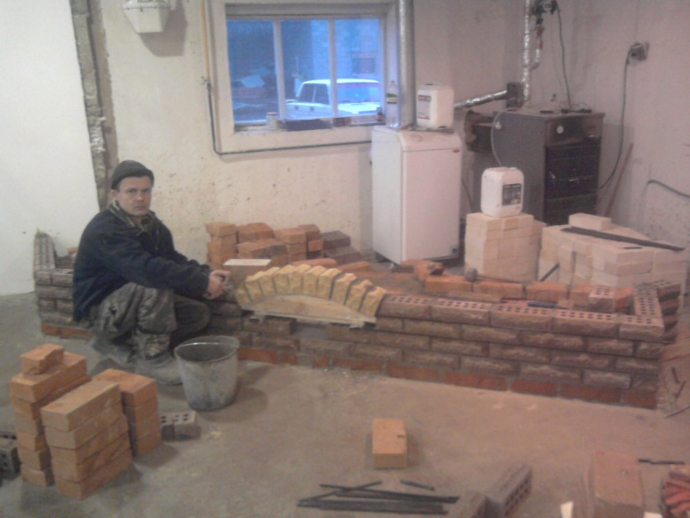 kaminy_ulichnye_kamini_barbekyu