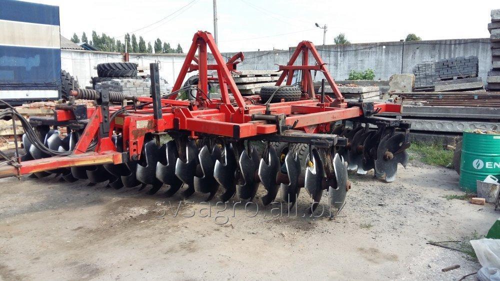 diskovanie_traktorom