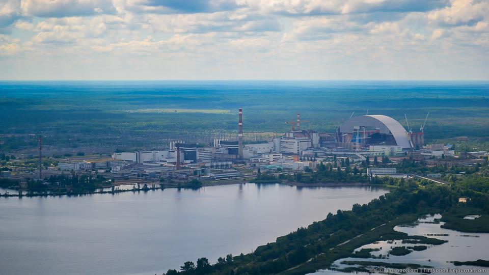 polet_v_chernobyl_na_vertolete_robinson_r66
