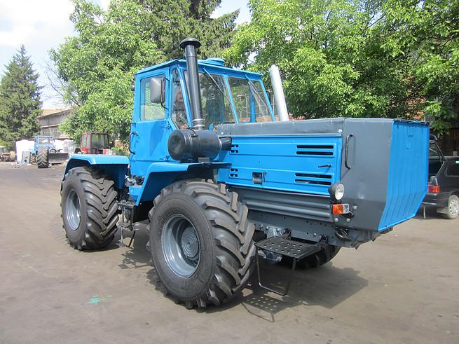 kapitalnyj_remont_traktorov_htz_17021_17221_t_150