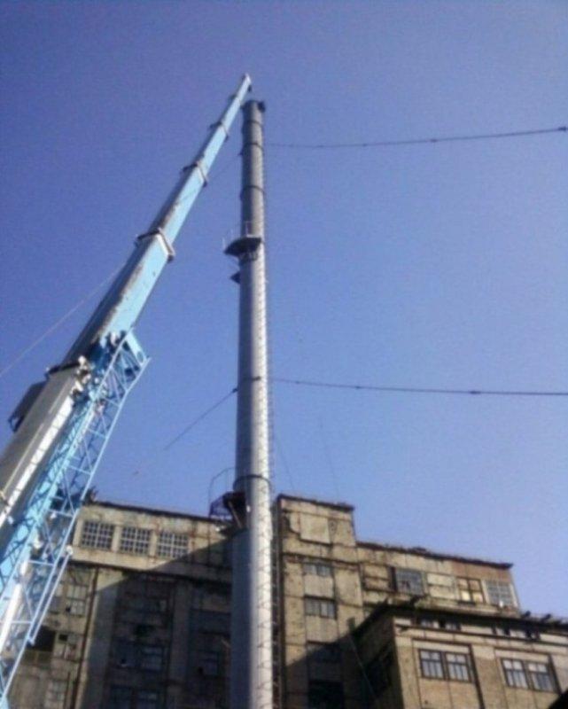 montazh_dymovoj_truby_vysotoj_46_metrov_diametrom