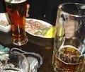 ...какого-то невообразимо дешевого пива и сразу понял, что это любовь.