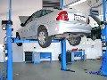 Услуги по техническому обслуживанию и ремонту легковых автомобилей и фургонов