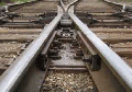 Капитальный ремонт стрелочных переводов выполняется как поэлементно, так и блоками, на железобетонных и деревянных брусьях с укладкой краном УК-25/18