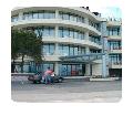 """Строительная компания """"UBcom"""" является одной из первых На Украине в 1996 году начала работу по изготовлению и монтажу ограждающих конструкций из алюминиевого профиля."""