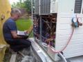 Проверка температуры выходящего воздуха из внутреннего блока кондиционера