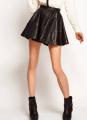 Пошив на заказ короткой юбки из кожи