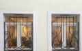 Изготовление и установка решеток на окна и балконы из металла, кованых решеток, вазонов для цветов под заказ