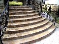Порожки, лестницы, облицовка цоколей и фасадов, мощение дорог (как обычных, так и мозаичных) и тротуаров, укладка ступеней и входных конструкций