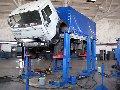 Услуги по техническому обслуживанию и ремонту грузовых автомобилей