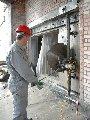 Резка бетона настенной пилой HYDROSTRESS