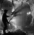 Разработка и создание средств и систем противоаварийной защиты угольных шахт