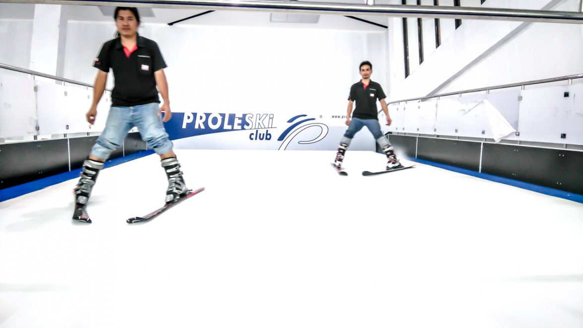Ski simulators PROLESKI indoor for skiers and snowboarders | Production, sale, installation turnkey | infinite slope and endless slope